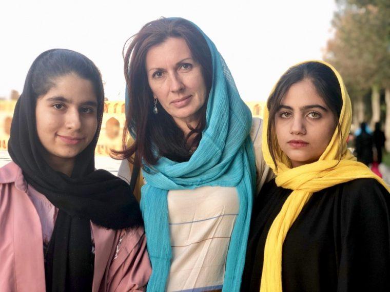 iráni nők tudják)
